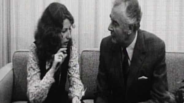 Elizabeth Reid sitting with Gough Whitlam