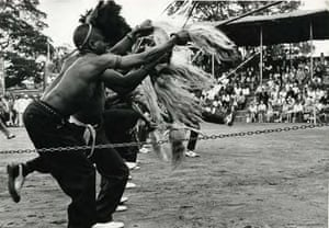 """Mines, No. 7 (from 'House of Bondage') circa 1960 Cole: """"Three-hundred years of white supremacy in South Africa has placed us in bondage, stripped us of our dignity, robbed us of our self- esteem and surrounded us with hate.» The book was immediately banned in South Africa, and Cole was prevented from returning to the country, leaving him in exile for the rest of his life. He died in exile in New York City in 1990."""