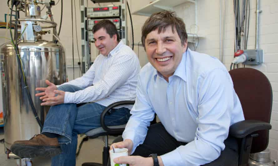 Andre Geim (right) and Kostya Novoselov in their laboratory at the University of Manchester in 2010