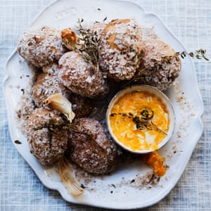 Salt-crust potatoes with blue cheese and goats' curd