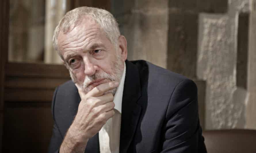 Jeremy Corbyn listening