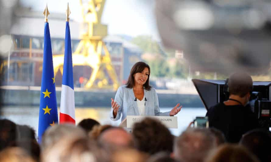 Anne Hidalgo speaking in Rouen as she announces her campaign