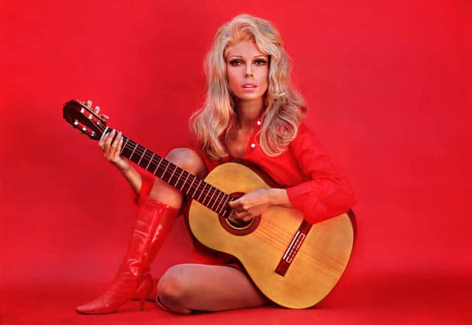 'Musicians did not treat me as an equal' ... Nancy Sinatra.