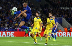 Islam Slimani attempts to control the ball.