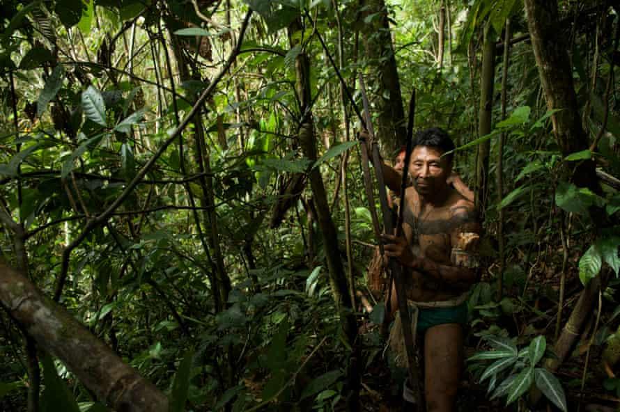 Nahua hunters in the Peruvian Amazon