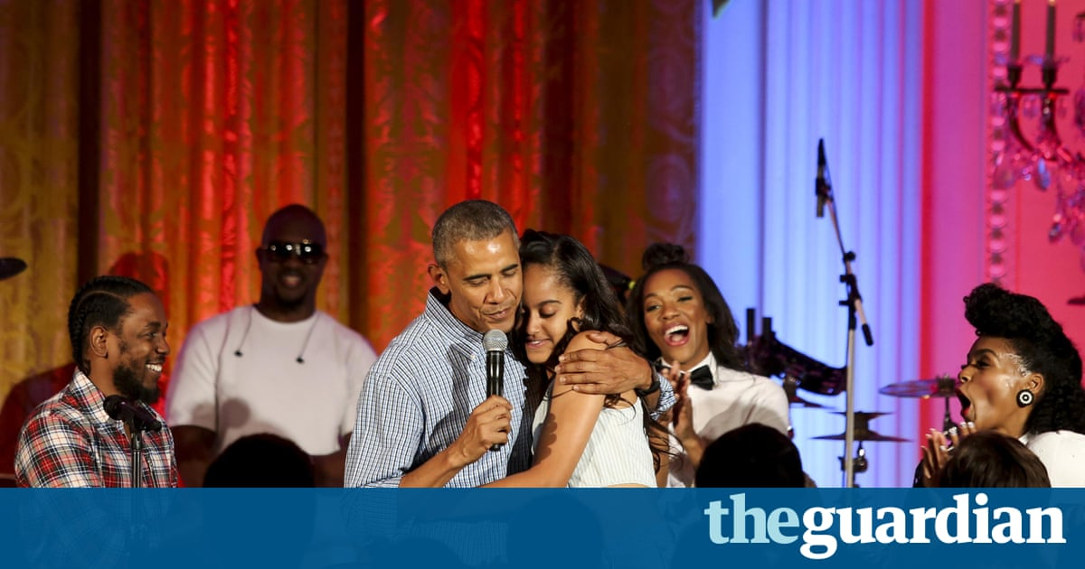 Obama Kendrick Lamar And Janelle Mon E Sing Happy Birthday To Malia Video Us News The