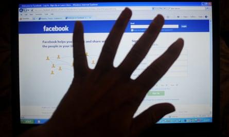 Facebook denied that is discriminated against conservative sites.