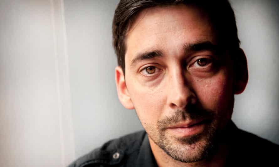 Colin Murray has quit TalkSport over its new owner's connection to the Sun.
