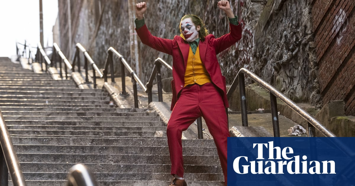 You think this is funny?: final trailer for gritty DC drama Joker lands