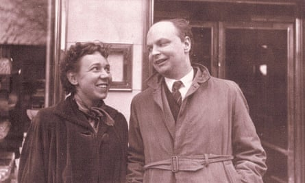 Mary Lee and Conway Berners-Lee in 1954.