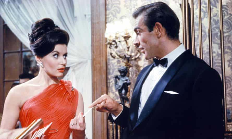 Sean Connery and Eunice Gayson in Dr No