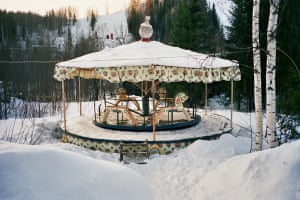 Carousel in Snow 2007