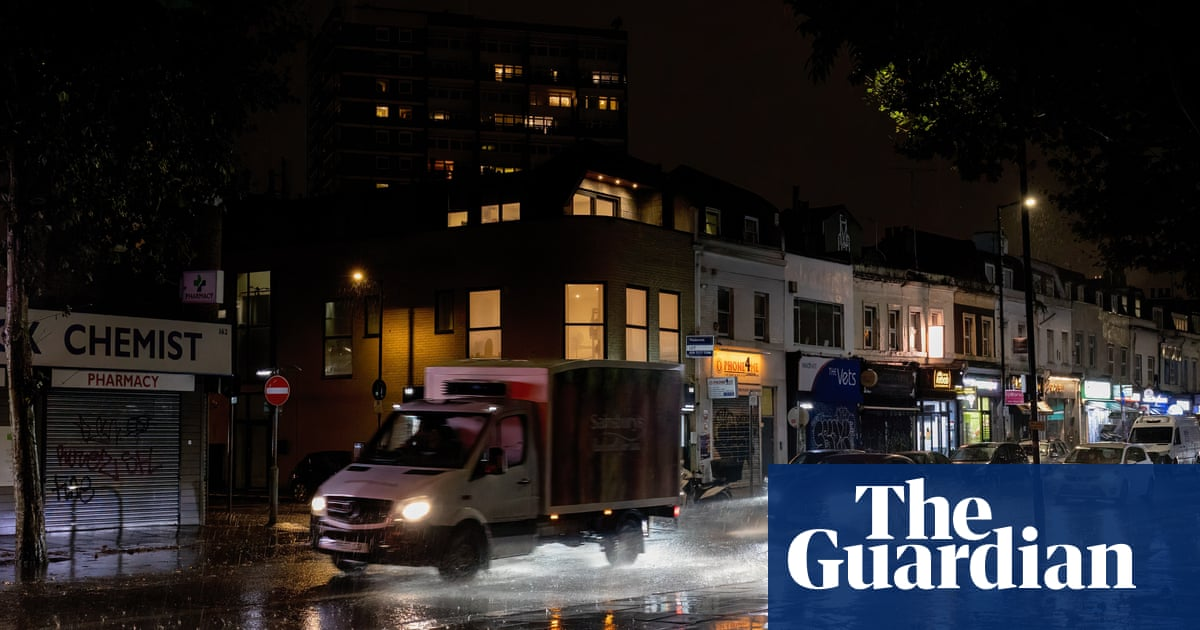 Southern England hit by floods as Storm Aurore arrives from France