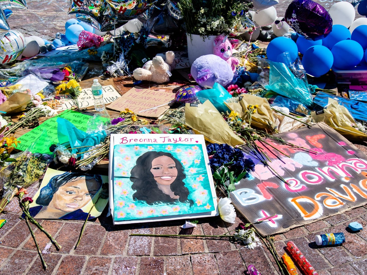 Officer Involved In Fatal Shooting Of Breonna Taylor Being Fired Us News The Guardian