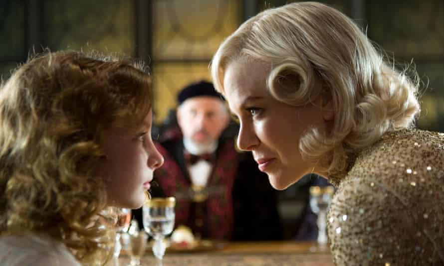Dakota Blue Richards and Nicole Kidman in The Golden Compass.