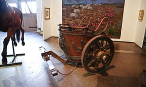A replica of a Roman chariot was also on display.