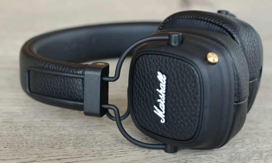 Marshall Major III Bluetooth review - on side