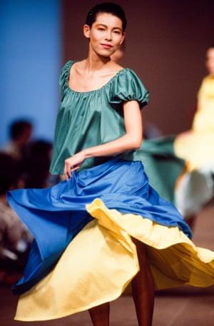 A model dances down the Kenzo spring-summer 1984 catwalk