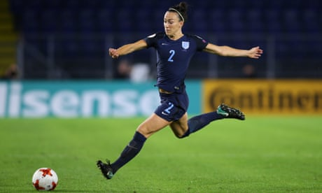 Lucy Bronze: 'Mum will ensure my Portuguese dad supports England'