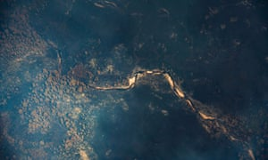 An aerial images of the Tasmanian bushfires - Cracroft River