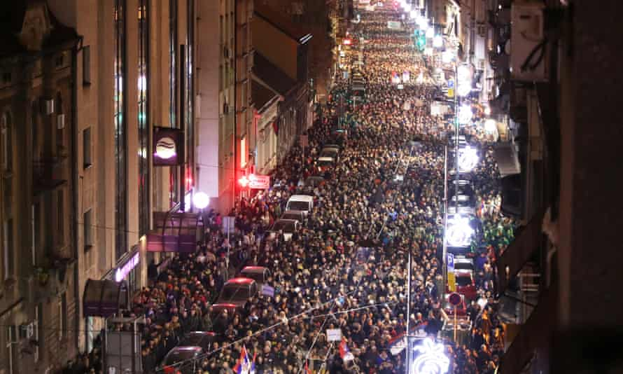 About 25,000 are estimated to have rallied in Belgrade.