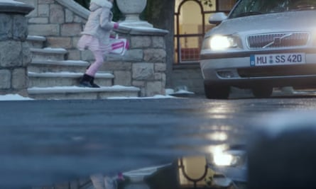 A still from Edeka's Christmas ad, showing one of the controversial number plates.