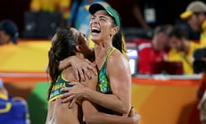 Brazil's Bárbara and Ágatha Bednarczuk celebrate after winning the semi-final 2-0.