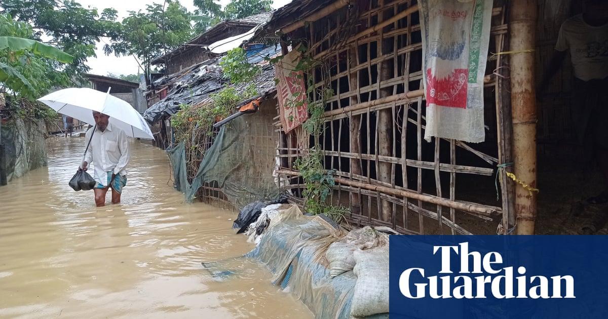 Heavy flooding hits Rohingya refugee camps in Bangladesh – video