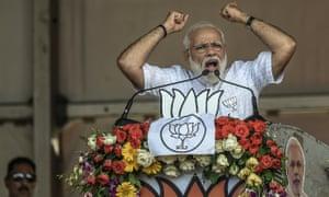 Narendra Modi campaigning in Kolkata