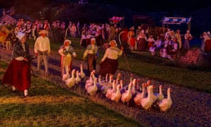 Geese and actors