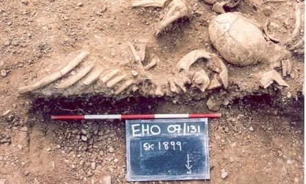 Massacred 10th century Vikings are seen having been found in a mass grave, at St John's College, Oxford