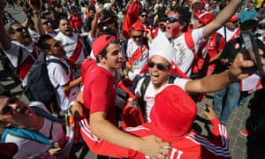 Peru supporters are in celebratory mood even before their team's first game against Denmark. An estimated 80,000 are expected at the World Cup.