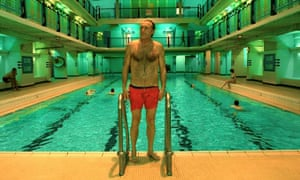 In a scene from the 2001 film Amélie, the protagonist's father steps out of the Piscine des Amireux.