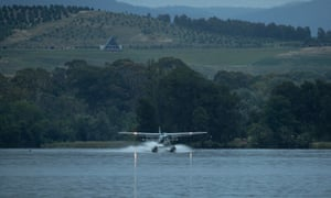 Sydney Seaplanes ran a demonstration flight today between Sydney and Canberra, landing on Lake Burley Griffin.
