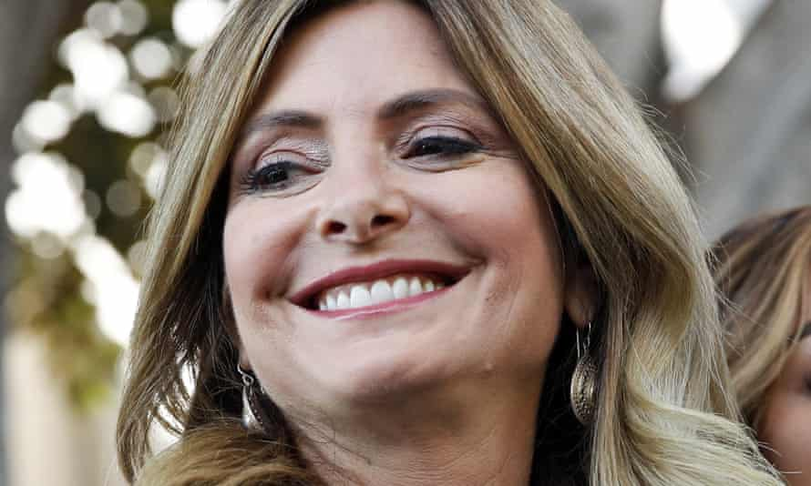Lisa Bloom has stepped down as an adviser to Harvey Weinstein.
