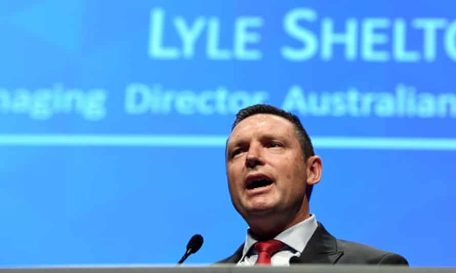 Lyle Shelton