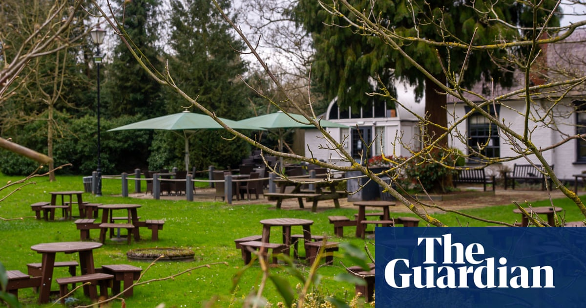 UK restaurants and pubs see surge in bookings for planned reopening – The Guardian