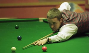 Stephen Hendry at the 1999 world championship, where he won his seventh title.