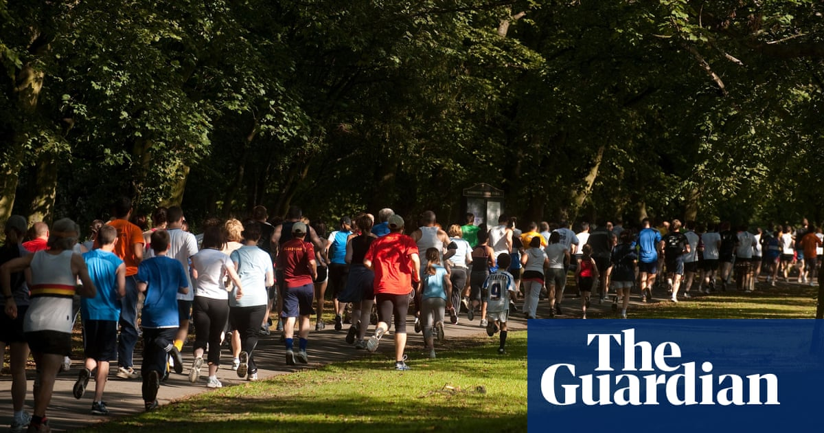 Return of parkrun in England delayed with many venues reluctant to reopen