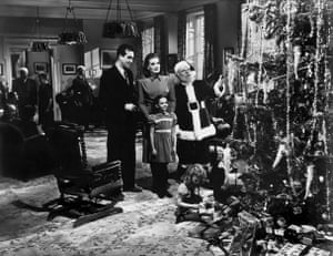 O'Hara with John Payne, Edmund Gwenn and Natalie Wood in everyone's Christmas favourite, Miracle On 34th Street, 1947