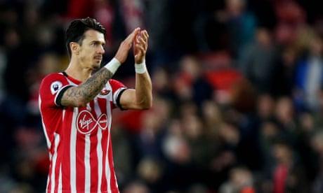 Southampton captain José Fonte set to join West Ham for £8m