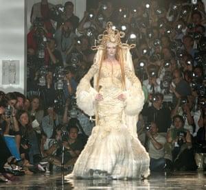 Autumn-Winter 2005-2006 couture