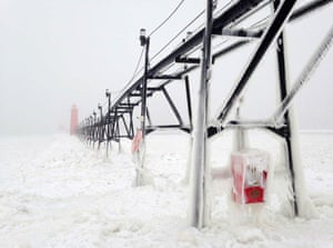 Heather Goss of Granf Haven, United States took first place in seasons with her image of the pier at an iced-over Lake Michigan.