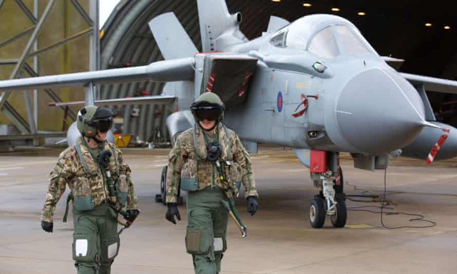 Pilots in front of an RAF Tornado aircraft