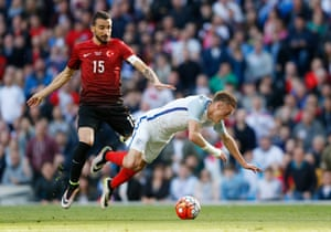 Topal fouls Vardy in the box.