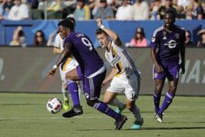 奥兰多城的Cyle Larin是为美国MLS俱乐部效力的少数加拿大球员之一。