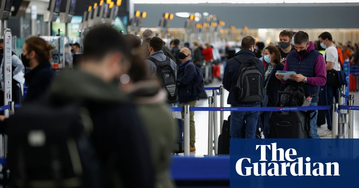 Use common sense on foreign travel guidance, says Grant Shapps