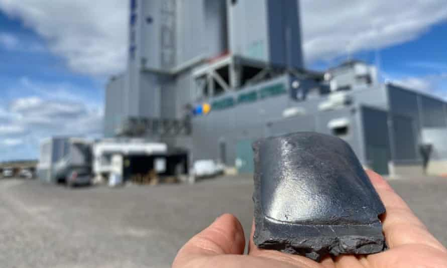 A piece of iron produced as part of the green steelmaking process.