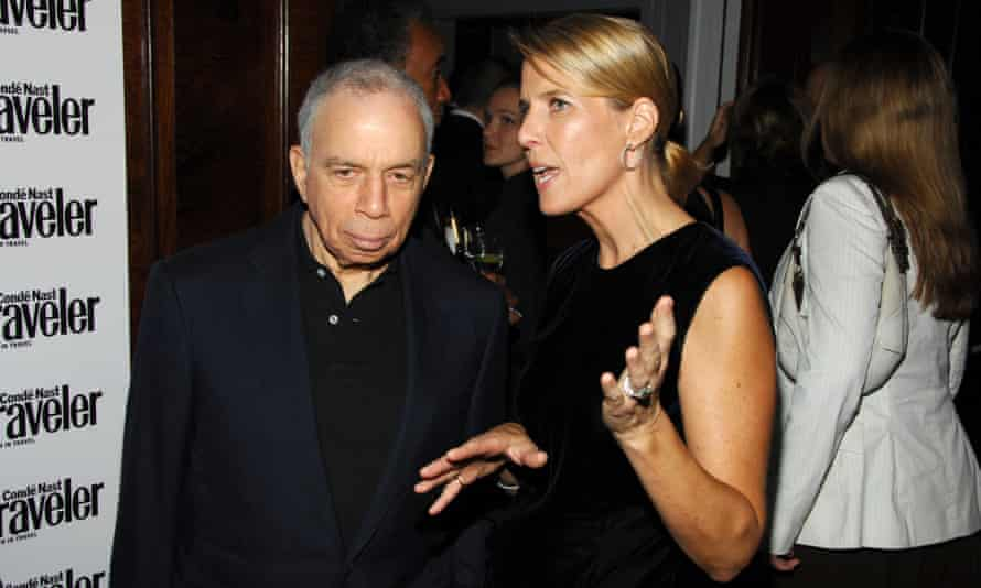 Si Newhouse and Elizabeth Hughes, VP publisher of the New Yorker, at a 2007 Condé Nast party in New York.