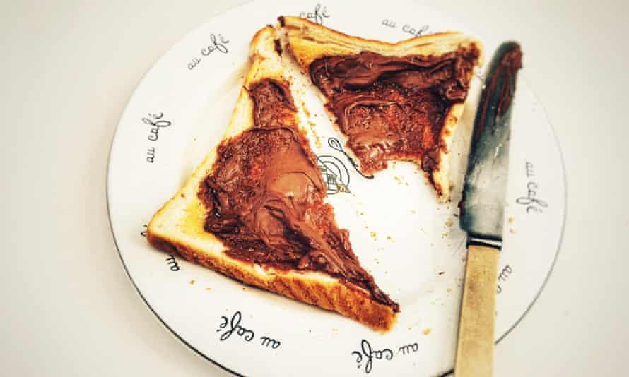Nutella Toasts